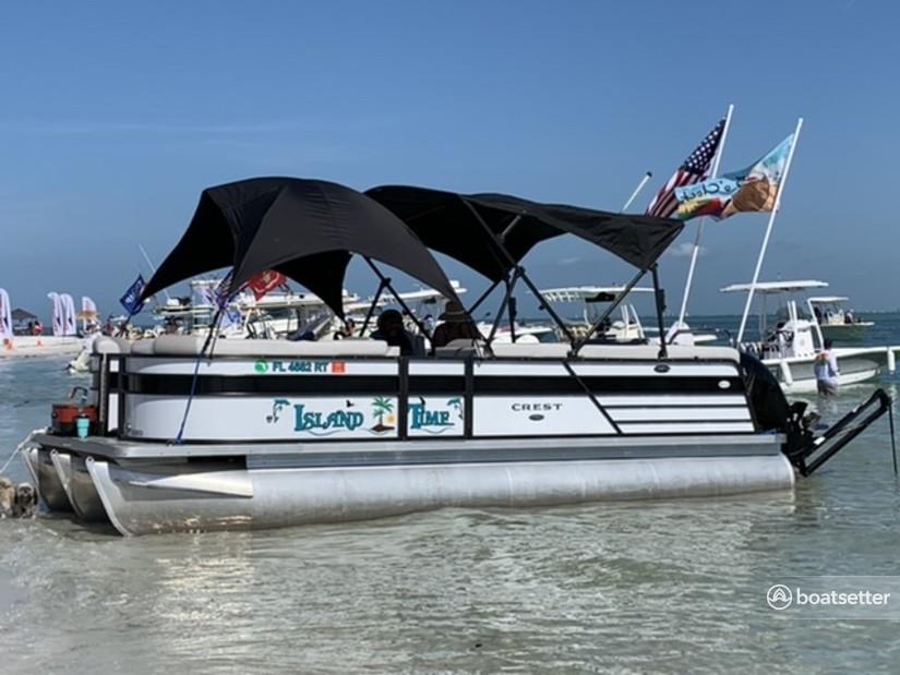 Rent a Crest Pontoons pontoon in St. Petersburg, FL near me