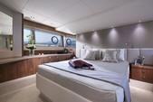 57 ft. Sunseeker Manhattan  Cruiser Boat Rental Chicago Image 39