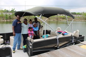 23 ft. Premier Marine 231 Cast-A-Way RE 2-Tube Pontoon Boat Rental N Texas Gulf Coast Image 10