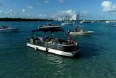 24 ft. Lexington 523 Pontoon Boat Rental Miami Image 24