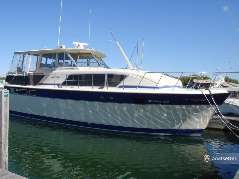 Rent a Chris Craft motor yacht in St. Joseph, MI near me