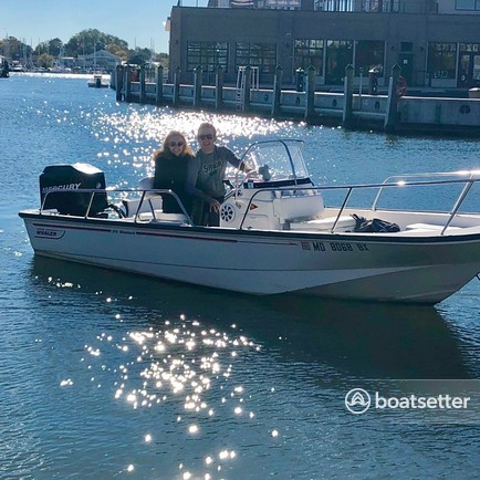 Rent a Boston Whaler center console in Annapolis, MD near me