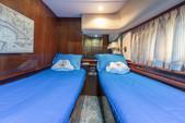 80 ft. Azimut Yachts 80 Carat Flybridge Boat Rental Miami Image 20