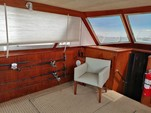 34 ft. Bertram Flybridge Cruiser Offshore Sport Fishing Boat Rental Cancún Image 5