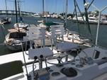 34 ft. Bertram Flybridge Cruiser Offshore Sport Fishing Boat Rental Cancún Image 11