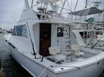 34 ft. Bertram Flybridge Cruiser Offshore Sport Fishing Boat Rental Cancún Image 16