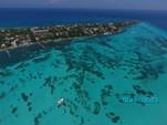 30 ft. Azimut 46 Motor Yacht Boat Rental Cancun Image 14