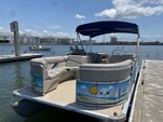 23 ft. Sun Chaser 2300 Pontoon Boat Rental Tampa Image 22