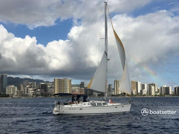 Rent a Jeanneau Sailboats sloop in Honolulu, HI near me