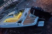 19 ft. Bayliner 197 IO  Deck Boat Boat Rental Tampa Image 8