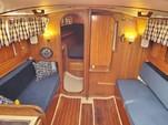 30 ft. Lippincott 30 Cruiser Boat Rental Washington DC Image 6