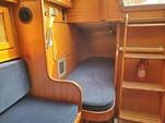 30 ft. Lippincott 30 Cruiser Boat Rental Washington DC Image 12