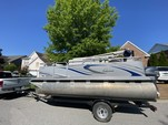 16 ft. Qwest Pontoons 7516 Cruise Deluxe Pontoon Boat Rental Rest of Southeast Image 3