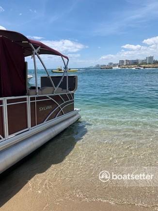Rent a Sylvan Marine pontoon in Pompano Beach, FL near me
