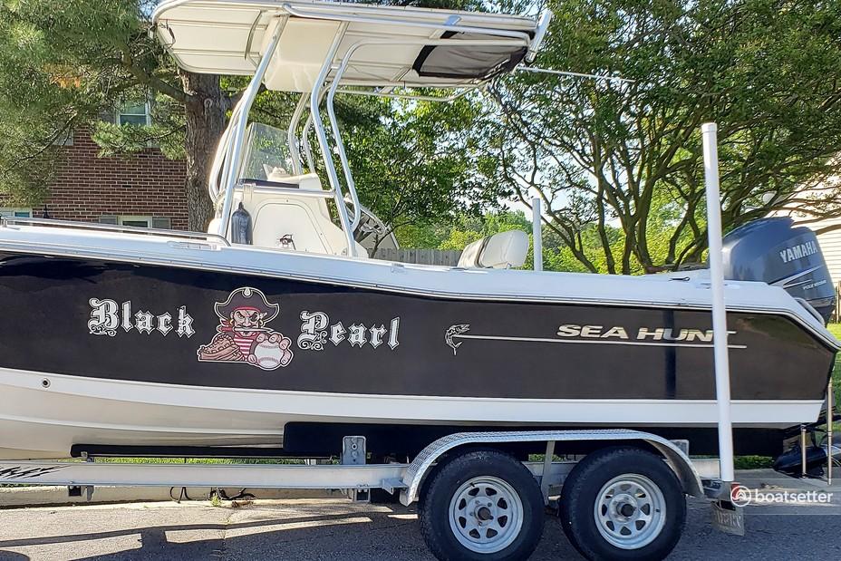 Rent a Sea Hunt Boats center console in Virginia Beach, VA near me