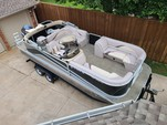 23 ft. SunCatcher/G3 Boats X22RF Vinyl w/F115LB Pontoon Boat Rental Dallas-Fort Worth Image 2
