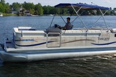 20 ft. sweetwater Pontoon Pontoon Boat Rental Columbia-Lake Murray Image 4