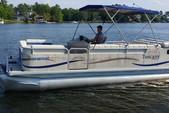 20 ft. sweetwater Pontoon Pontoon Boat Rental Columbia-Lake Murray Image 4