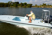 18 ft. Hell's Bay Boatworks Waterman 18 Full Deck SC  Flats Boat Boat Rental Miami Image 3