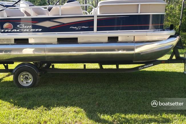 Rent a Sun Tracker by Tracker Marine pontoon in Daytona Beach, FL near me