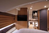 38 ft. Chris Craft 38 Launch Luxury Trim Motor Yacht Boat Rental New York Image 5