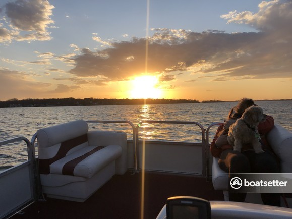 Rent a Misty Harbor  pontoon in Clear Lake, IA near me