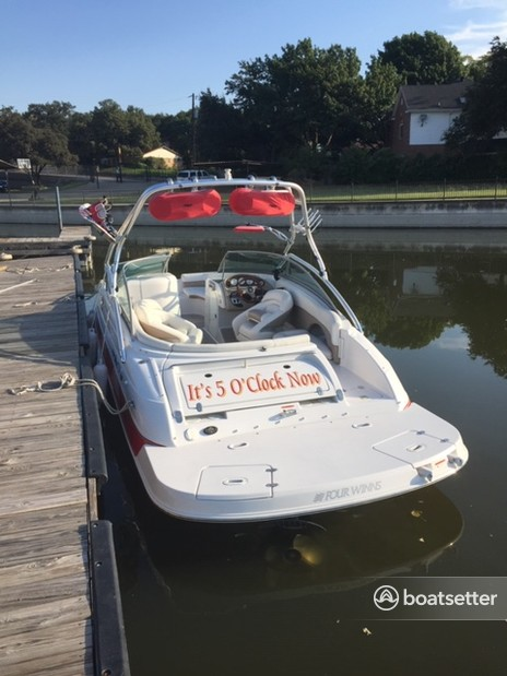 Rent a Four Winns Boats ski and_wakeboard in Fort Worth, TX near me