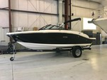 20 ft. Sea Ray Boats SPX 190 Bow Rider Boat Rental Seattle-Puget Sound Image 3