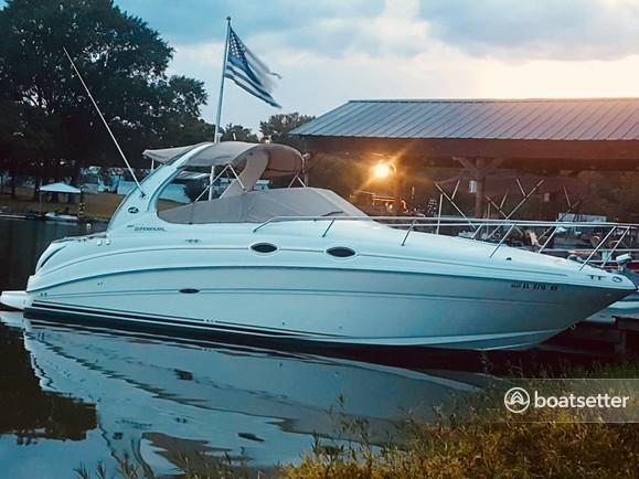 Rent a Sea Ray Boats cruiser in Lincoln, AL near me