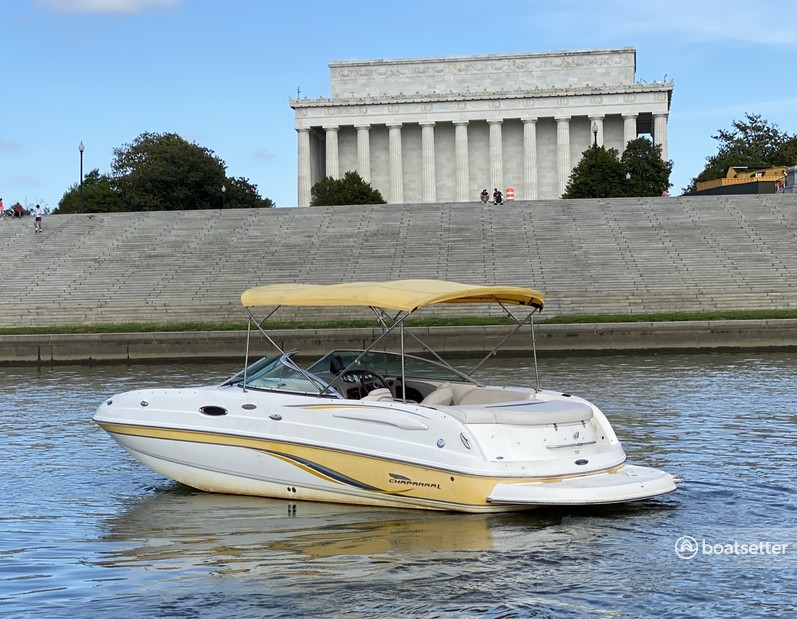 Rent a Chaparral Boats deck boat in Washington, DC near me