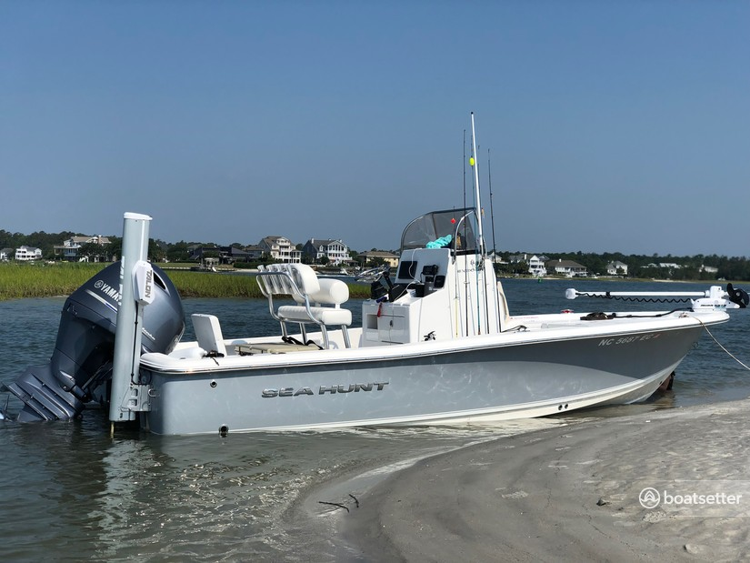 Rent a Sea Hunt Boats center console in WRITSVLLE BCH, NC near me
