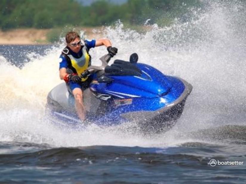 Rent a Yamaha  jet ski_/_personal_water_craft in Louisa, VA near me