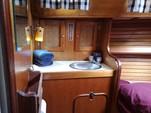 30 ft. Lippincott 30 Cruiser Boat Rental Washington DC Image 16