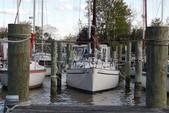 30 ft. Lippincott 30 Cruiser Boat Rental Washington DC Image 21
