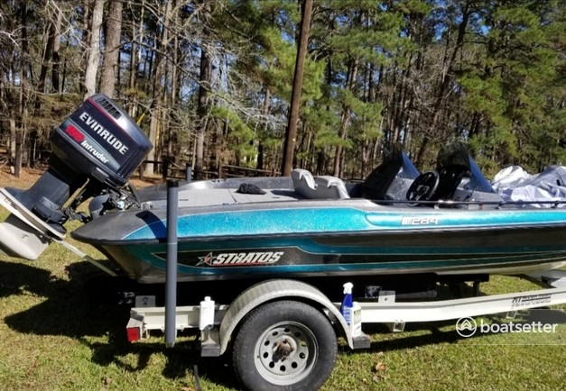 Rent a Stratos Boats bass boat in Bronson, TX near me