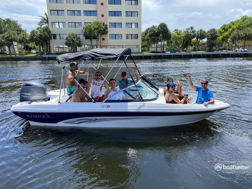Rent a Rinker Boats bow rider in Fort Lauderdale, FL near me