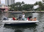 19 ft. Rinker Boats QX18 OB Bow Rider Boat Rental Miami Image 5