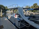 25 ft. Harris-Kayot Boats Super Sunliner 240 Pontoon Boat Rental Sarasota Image 3