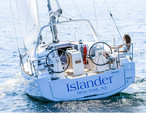 41 ft. Beneteau USA Oceanis 35.1 Cruiser Boat Rental New York Image 4