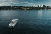 58 ft. Sea Ray Boats 550 Express Express Cruiser Boat Rental Seattle-Puget Sound Image 3