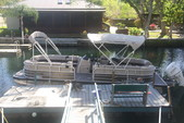 26 ft. Sun Tracker by Tracker Marine Party Barge 24 XP3 w/150ELPT 4-S Pontoon Boat Rental Rest of Southeast Image 8