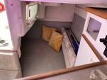 23 ft. Bayliner 2355 Ciera Sunbridge Cuddy Cabin Boat Rental Los Angeles Image 9