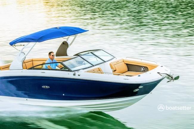Rent a Sea Ray Boats cruiser in Sag Harbor, NY near me