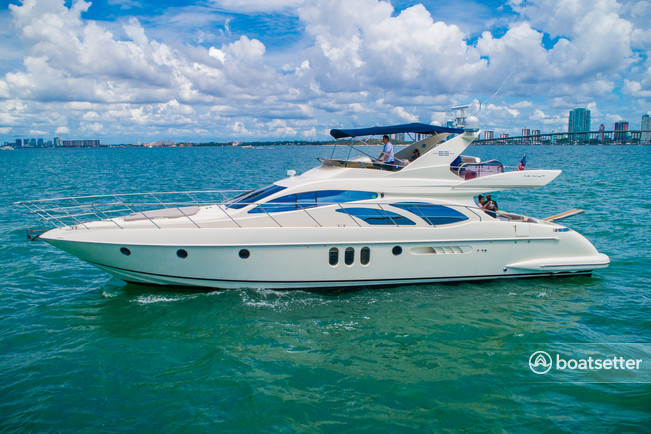 Rent a Azimut flybridge in Miami, FL near me