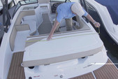 20 ft. Sea Ray Boats 19 SPX  Bow Rider Boat Rental Dallas-Fort Worth Image 3
