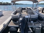 25 ft. Princecraft Vectra XT Pontoon Boat Rental Austin Image 3