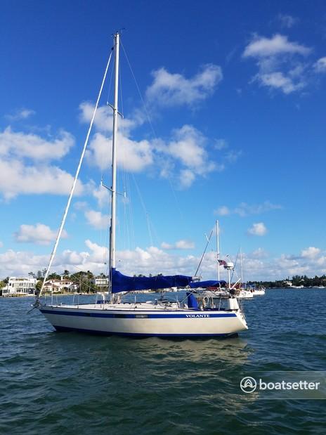 Rent a Pearson cruiser in Miami, FL near me
