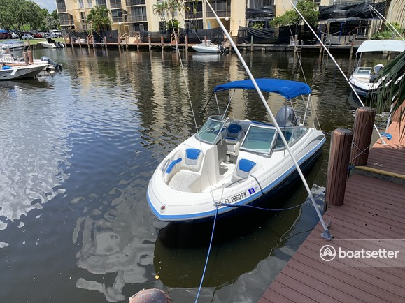 Rent a Rinker Boats bow rider in Boca Raton, FL near me