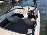 21 ft. Bayliner 215 Full Windshield Bow Rider Boat Rental Dallas-Fort Worth Image 4