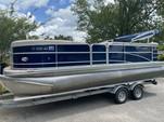22 ft. Berkshire Pontoons 210CL CTS Pontoon Boat Rental Alabama GC Image 3